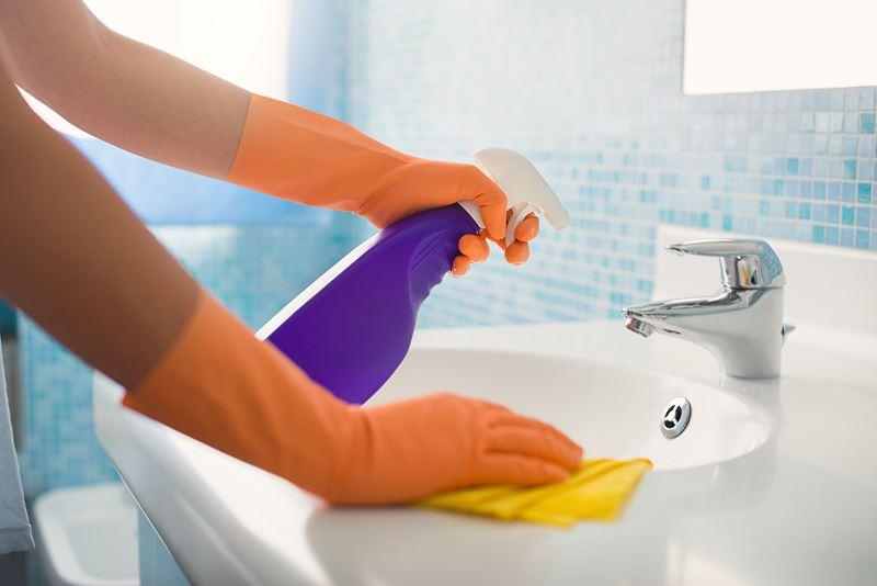 Najlepsze sposoby na usuwanie kamienia z armatury łazienkowej i zlewozmywaka 2
