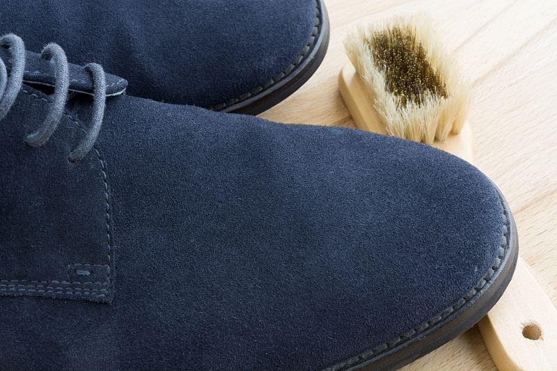 Jak wyczyścić buty z nubuku - praktyczne porady, domowe sposoby, polecane preparaty 2