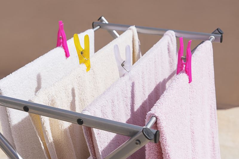 Suszarka ścienna na pranie - rodzaje, ceny, opinie, polecane produkty 2