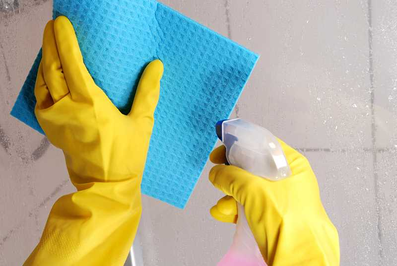 Sprawdzone sposoby na czyszczenie kabiny prysznicowej