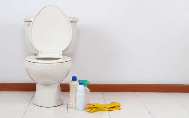 Jak wyczyścić kamień w toalecie? Oto kilka sprawdzonych sposobów