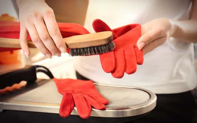 Jak błyskawicznie wyczyścić buty z nubuku domowym sposobem? Kilka sprawdzonych metod