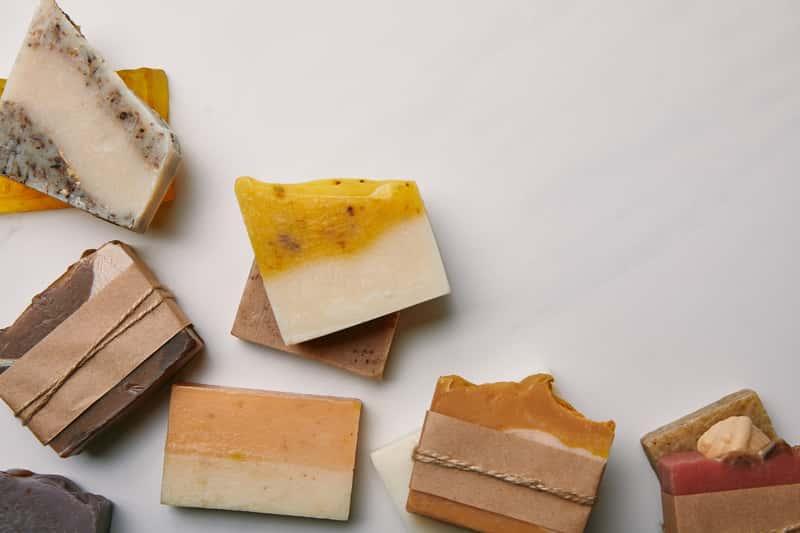 Jak zrobić mydło? Oto naturalne sposoby na wyprodukowanie mydła