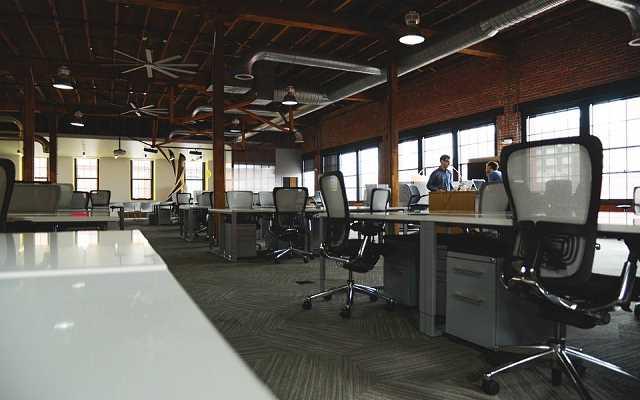 Fotele obrotowe podstawą wygodnej pracy