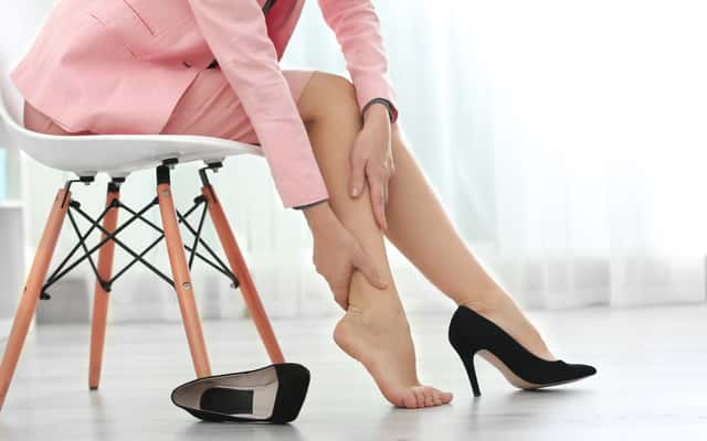 Jak rozbić skórzane buty? Oto sprawdzone, domowe sposoby