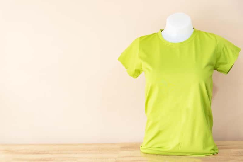 Zielony T shirt bez nadruku