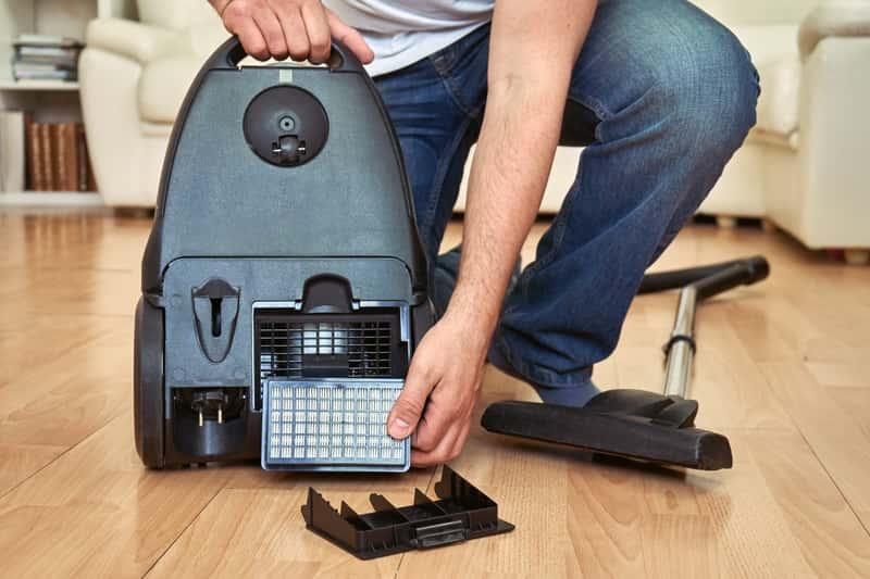 Jak wyczyścić filtr hepa krok po kroku? Poradnik praktyczny