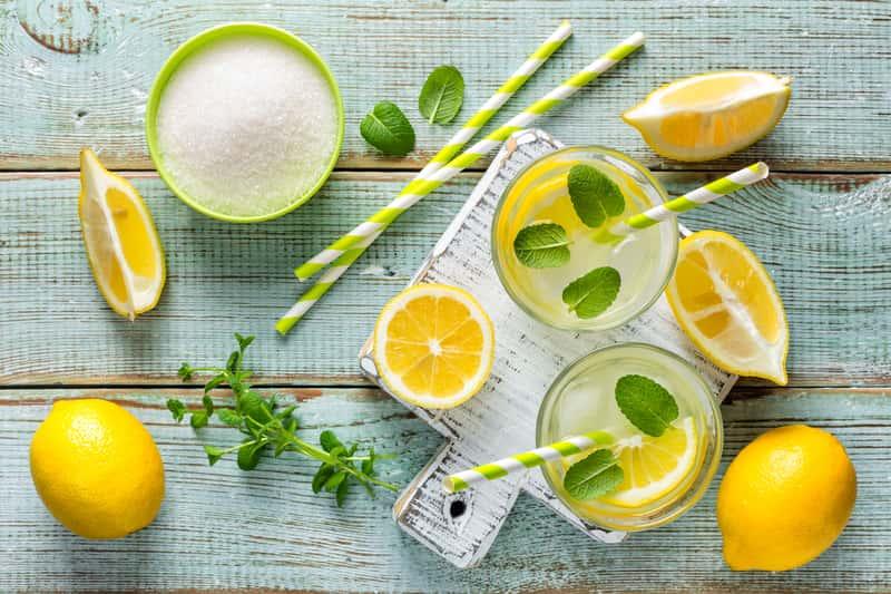 Jak zrobić lemoniadę krok po kroku – sprawdzone przepisy