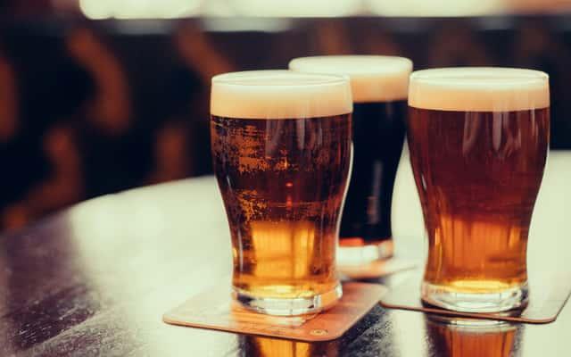 Jak zrobić piwo w warunkach domowych krok po kroku - poradnik praktyczny