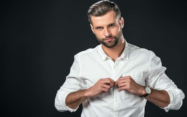 Jak wyprasować koszulę bez żelazka - poradnik praktyczny