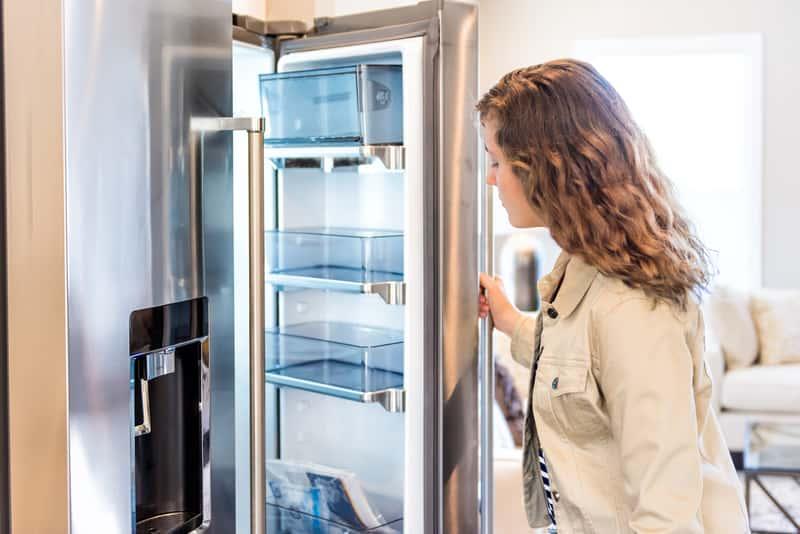 Podwójne lodówki - popularne modele, opinie, ceny, zalety, wady