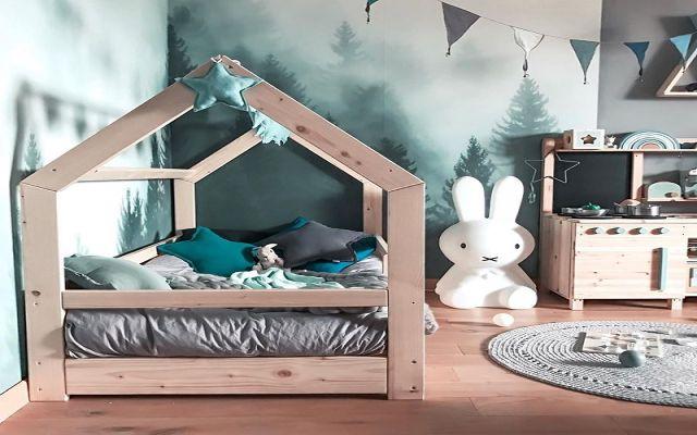 Łóżko domek, miejsce do nauki, zabawy i wypoczynku – sprawdź jak sprytnie urządzić pokój dla chłopca!