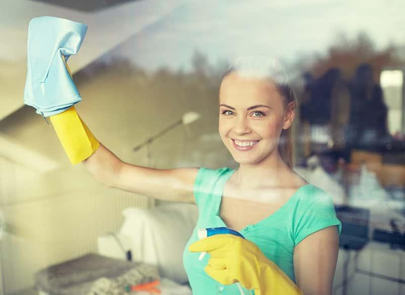 Urządzenia do mycia okien – elektryczne myjki do szyb, myjki ciśnieniowe, roboty i inne urządzenia