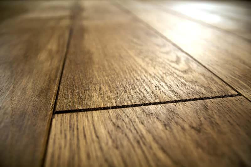 Nabłyszczone panele podłogowe