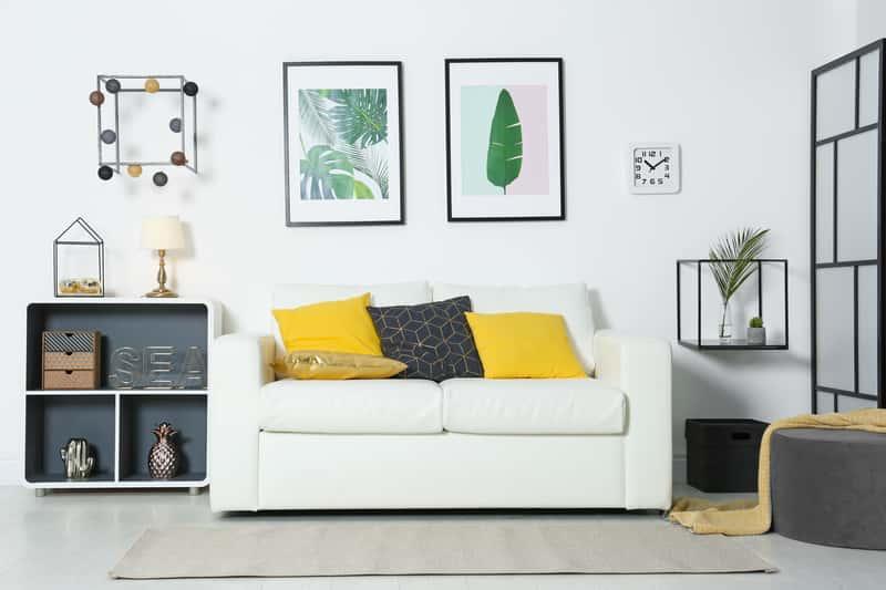 Jak powiesić obraz na ścianie? Praktyczny poradnik krok po kroku