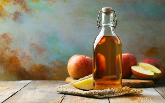 Jak zrobić ocet jabłkowy w domu? Oto sprawdzony przepis krok po kroku