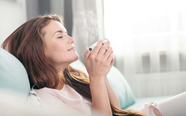 Oczyszczanie powietrza z kurzu - najlepsze sposoby, polecane urządzenia i porady