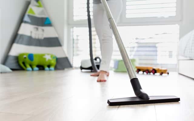 Odkurzacz myjący podłogi - modele, ceny, opinie, sposób działania