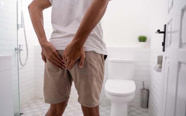 Co zrobić na pęknięty hemoroid? Oto najlepsze sposoby na krwawiące hemoroidy