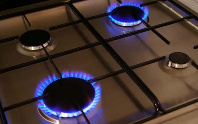 Płyty gazowe Amica – opinie, ceny, popularne modele do zabudowy, zalety, wady