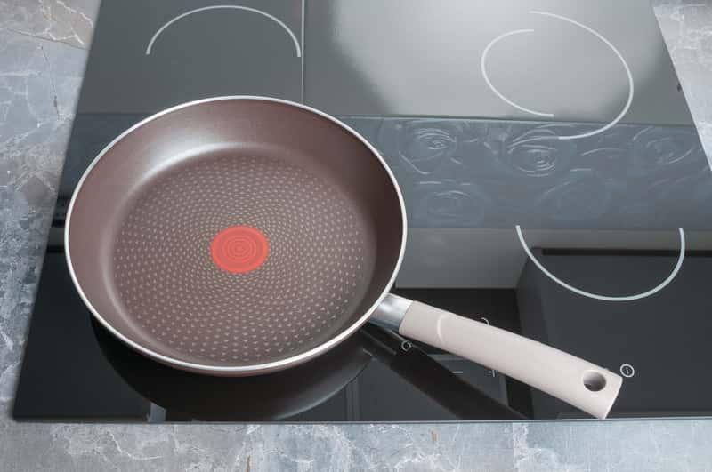 Plyta indukcyjna w kuchni