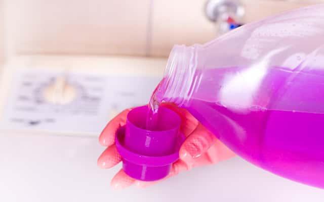 Pralka nie pobiera płynu do płukania lub proszku - co robić?