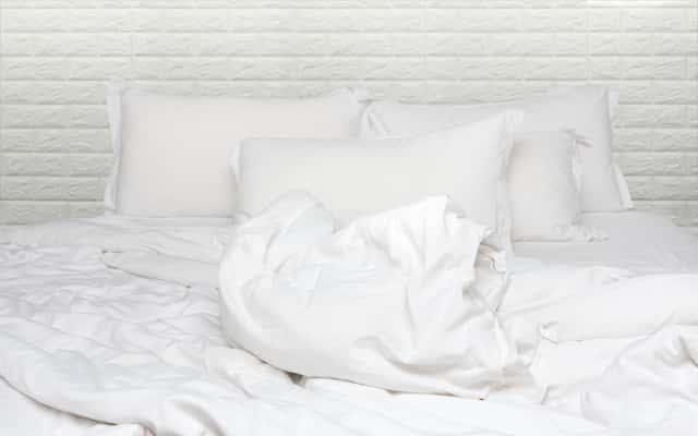 Pranie poduszek z pierza w pralce - poradnik praktyczny