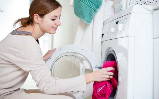 Pranie wstępne i pranie zasadnicze - opis etapów prania i porady, kiedy ich użyć