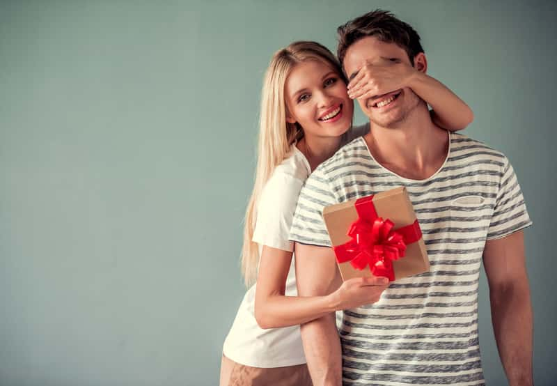 Jaki prezent na dzień chłopaka? Oto 6 świetnych pomysłów