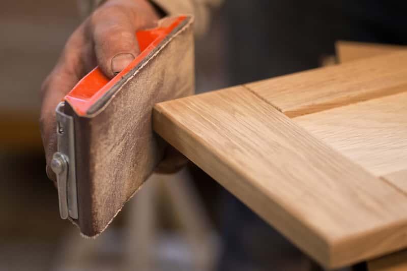 Renowacja i odnawianie starych mebli krok po kroku – poradnik praktyczny