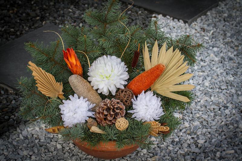 Stroiki na cmentarz krok po kroku - instrukcja, wzory, porady