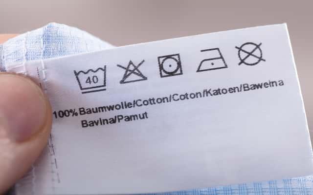 Symbole prania - tłumaczymy, co oznaczają znaczki na metkach ubrań