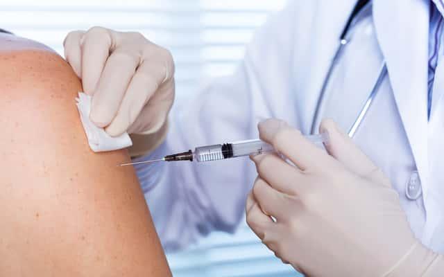 Szczepionka przeciw kleszczom - cena, opinie, rodzaje, porady