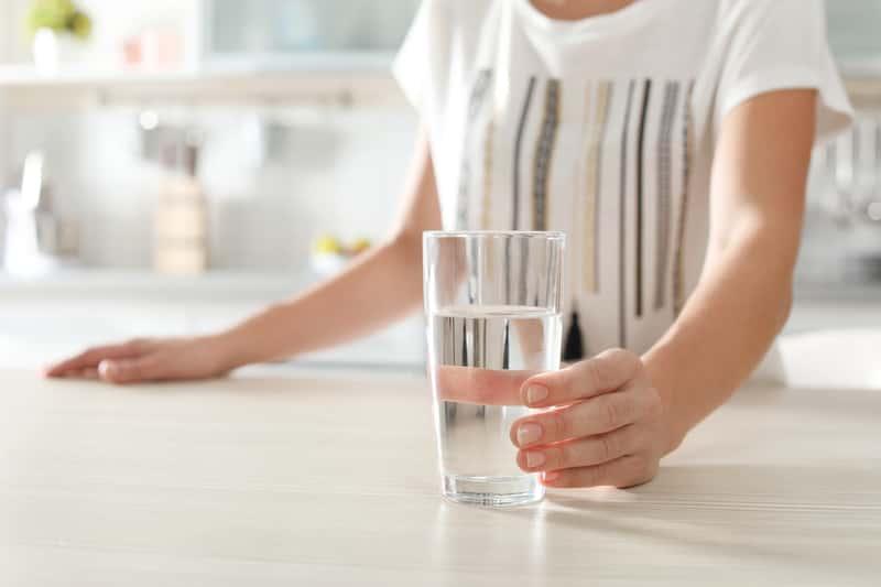 Domowe sposoby na zaparcia – 4 szybkie i skuteczne metody