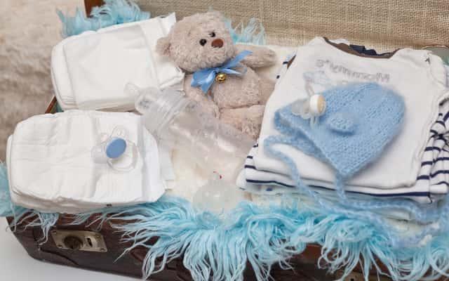Wyprawka dla noworodka – 7 niezbędnych rzeczy, które często nie pojawiają się na liście