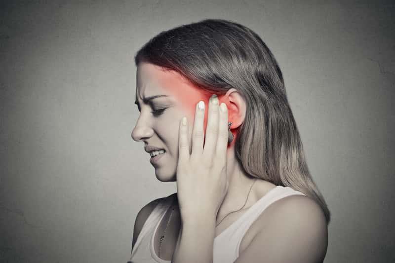 Domowe sposoby na zapalenie ucha – 4 sprawdzone metody leczenia