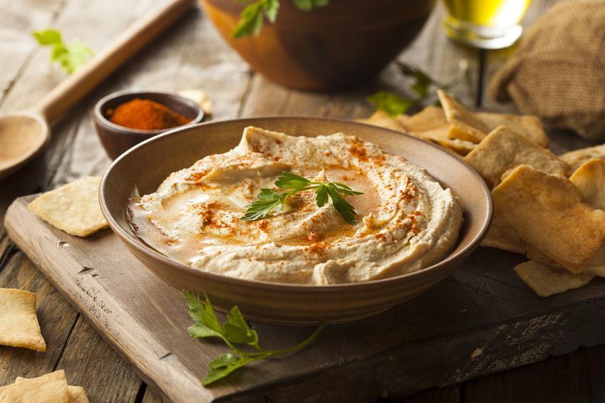 Domowy hummus z cieciorki lub soczewicy, a także porady, jak zrobić hummus
