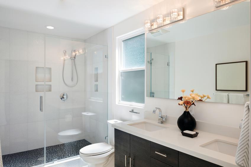 Wybór armatury łazienkowej – na co zwrócić uwagę?