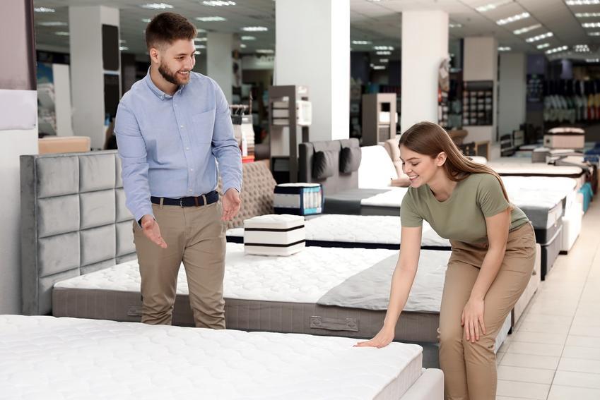 Jak dobrać łóżko i materac by dobrze się wysypiać