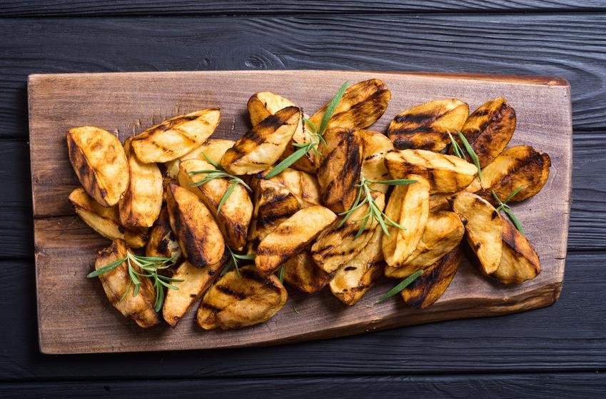 Pokrojone ziemniaczki z piekarnika, a także pieczone ziemniaki w piekarniku oraz przepisy