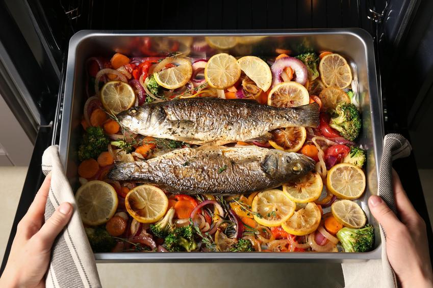 Ryba w piekarniku z pysznymi dodatkami, czyli najlepsze przepisy na rybę z piekarnika