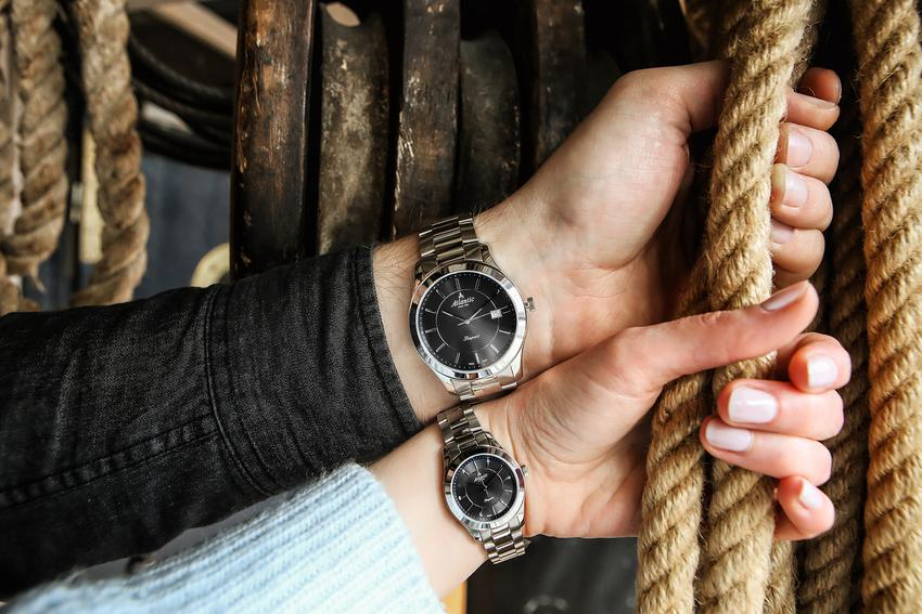 Zegarki dla dwojga - zobacz najciekawsze propozycje