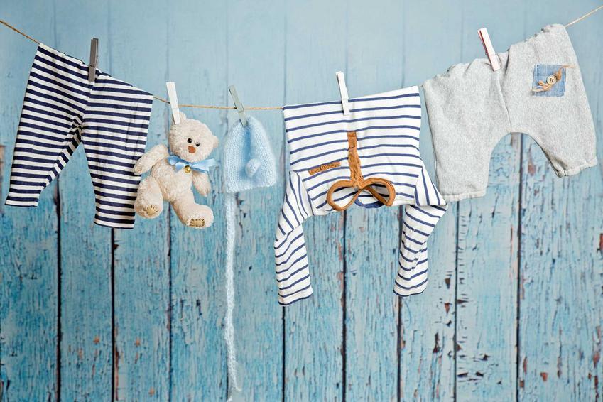 Płyn do prania Lovela jest uważany od dawna za jeden z najbardziej skutecznych i delikatnych środków dla dzieci. Ma świetne ceny i zbiera bardzo dobre opinie użytkowników