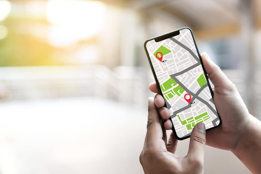 Telefon z mapami i GPS, czyli porady, jak namierzyć telefon i zlokalizować numer