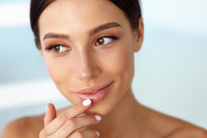 Jak dobrze dbać o swoje usta?