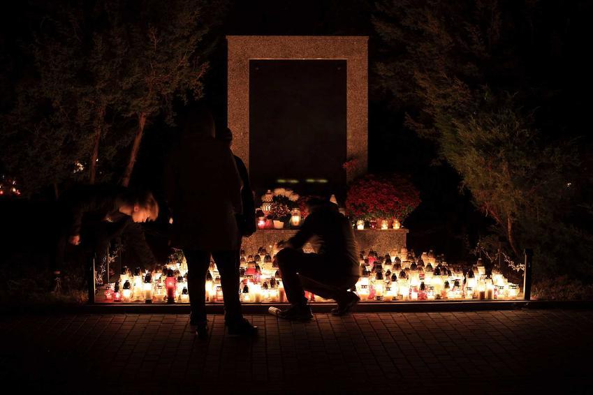 Czy w tym roku będziemy mogli odwiedzić groby swoich bliskich na Wszystkich Świętych