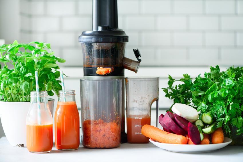 Wyciskarka wolnoobrotowa w kuchni oraz sokowirówka czy wyciskarka do soków, czyli podobieństwa i różnice