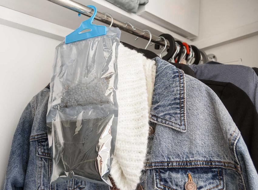 Zapach do szafy wiszący przy ubraniach, a także opinie i rodzaje różnych zapachów do szafy