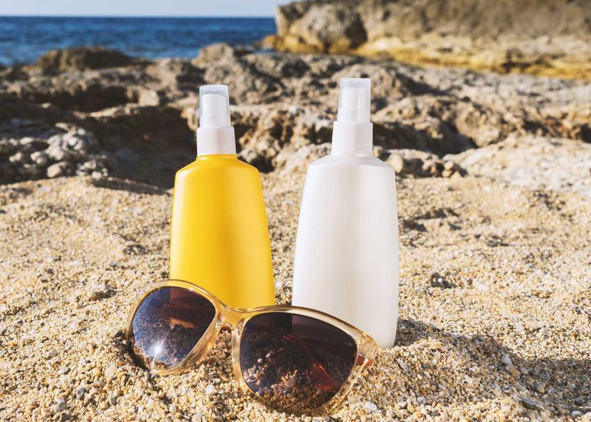 Kremy z filtrem do opalania na skale na plaży, a także jaki filtr do opalania wybrać w różnych sytuacjach
