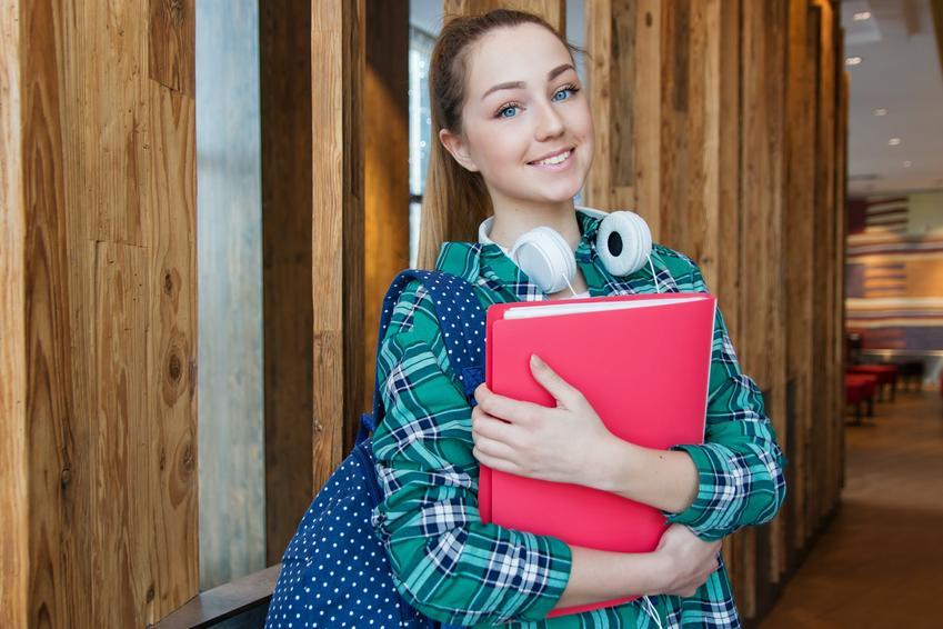 Pożyczki dla studentów w banku czy firmie pożyczkowej?